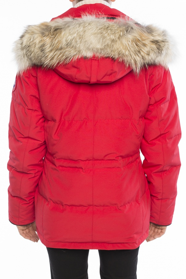 Coyote fur jacket od Canada Goose